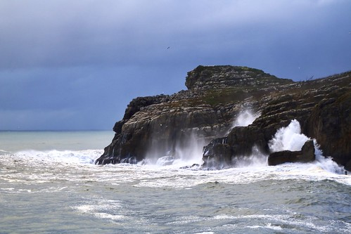 Espectáculo de olas en Lekeitio