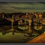 Roma_Tevere_Ponte Vittorio Emanuele II_Italia - https://www.flickr.com/people/100600200@N05/