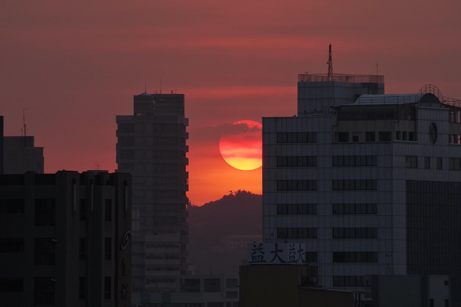 久違的夕陽餘暉