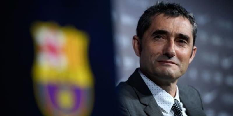 Pelatih Barcelona Berbicara Masalah Kontrak Lionel Messi