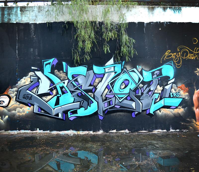 yelow2563