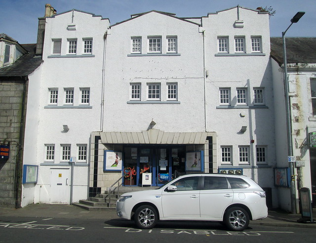 Cinema, Newton Stewart