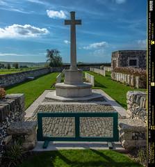 Senlis Community Cemetery Extension Entrance - Photo of Montigny-sur-l'Hallue