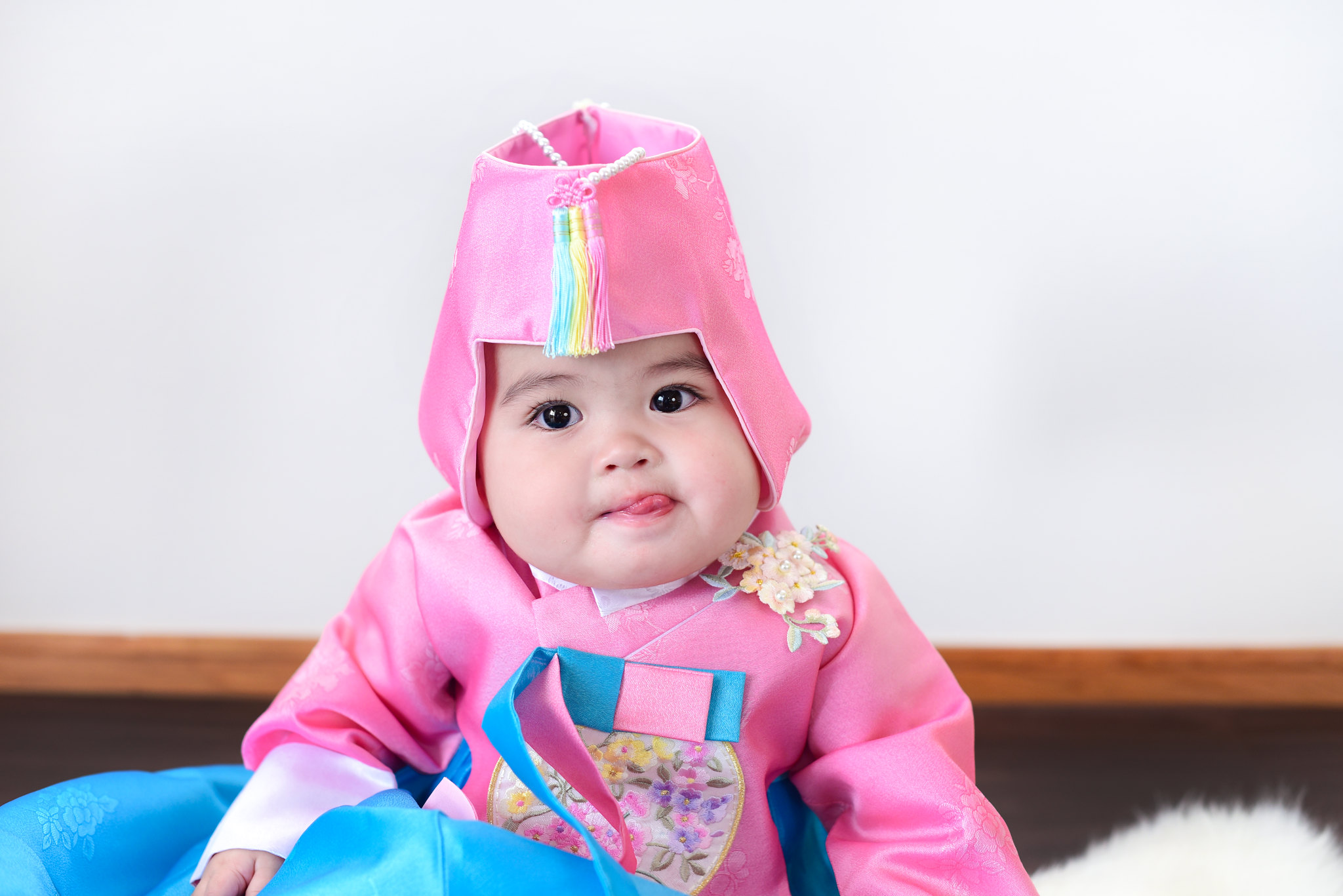 Dani in a hanbok