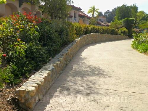 Topiary walkway