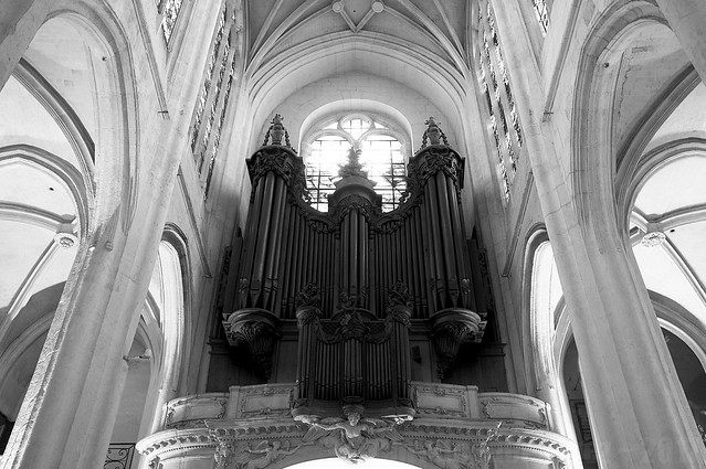 Heavenly Music ~ Paris, France
