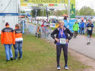 100. Marathon im Ziel Schmiedefeld
