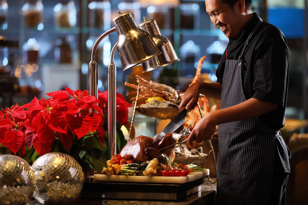 Christmas-Eve-Golden-Starry-Night-Dinner-Buffet-at-Shook!