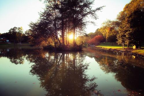 sunset autumn fall holiday northcarolina landscapephotography landscape gastonia heatherlock inmybackyard haiku poem canon7dmark11 canon outdoor lake