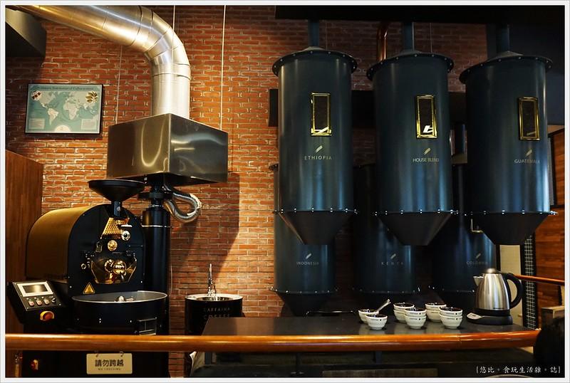 卡啡那CAFFAINA 大墩店-7-烘豆機