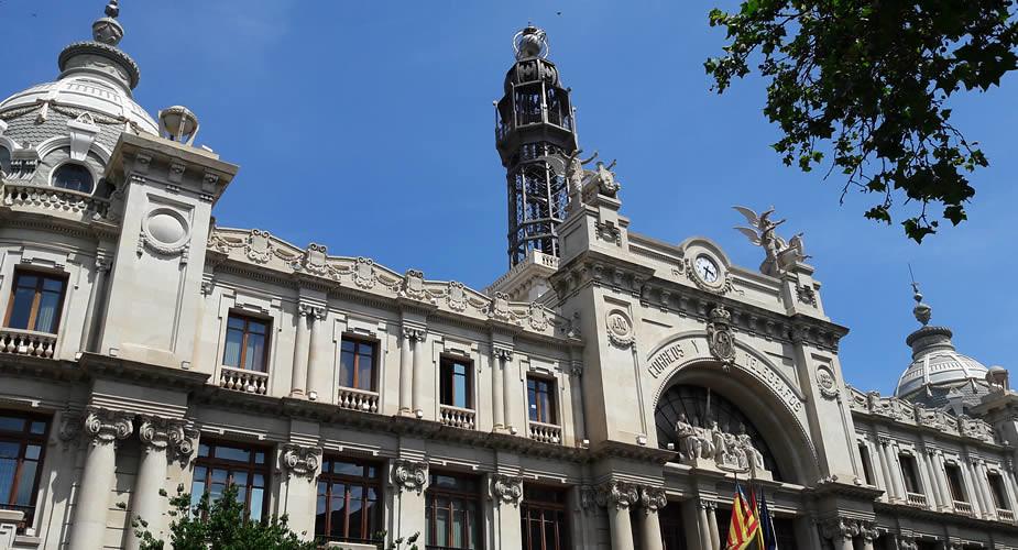 Bijzondere bezienswaardigheden in Valencia: modernisme architectuur | Mooistestedentrips.nl