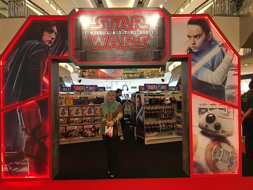 Star Wars - The Last Jedi Roadshow @ Mid Valley