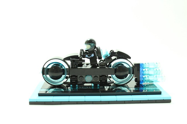 富含未來科技感、設計極度前衛的「光輪機車」將商品化!!2017年樂高IDEAS 作品第一波審核結果公開!