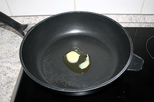 51 - Butterschmalz in Pfanne erhitzen / Heat up ghee in pan