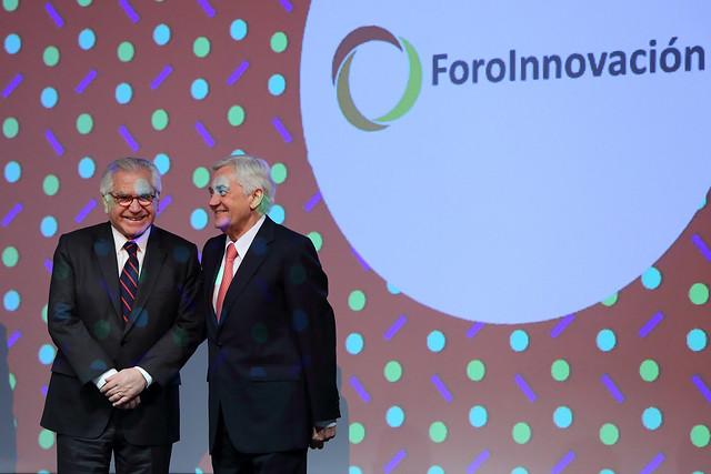Vicepresidente Fernández participa en la entrega de los premios Avonni 2017 | 09.11.17