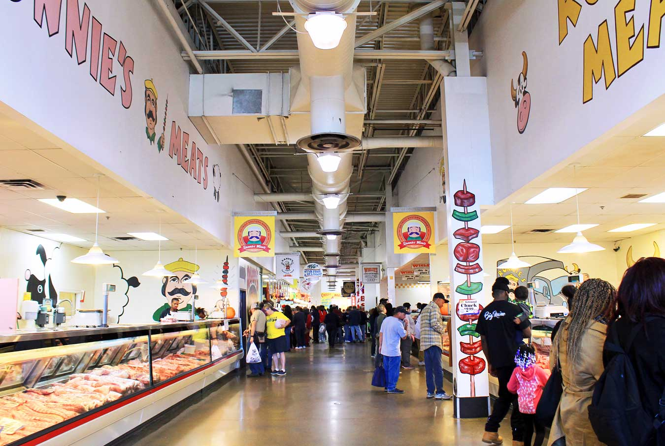 """Come Hungry, Leave Happy"" Tour Showcases Best Of Detroit's Eastern Market 