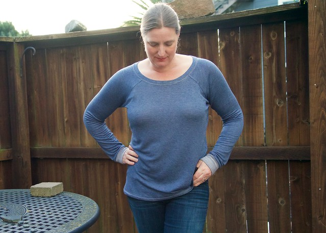 french terry Lane Raglan front-1