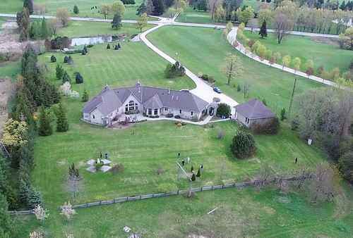 drone photo of Clinton Residential Hospice