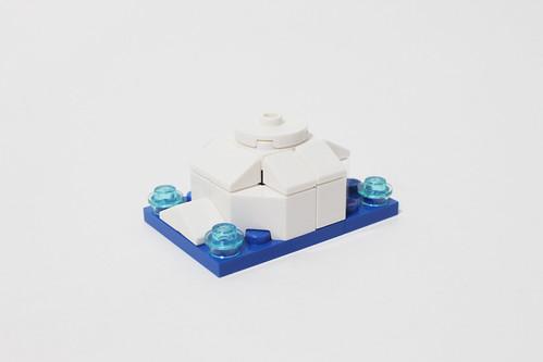 LEGO Seasonal Christmas Build Up (40253) - Day 8