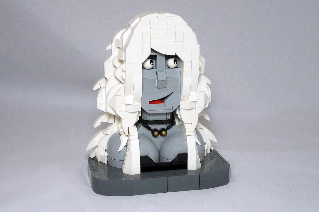 LEGO® MOC by Vitreolum: Lady Death Bust + Display
