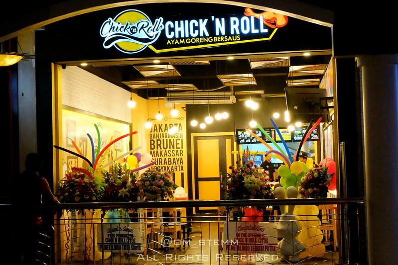 Chick N Roll di Cilandak Town Square