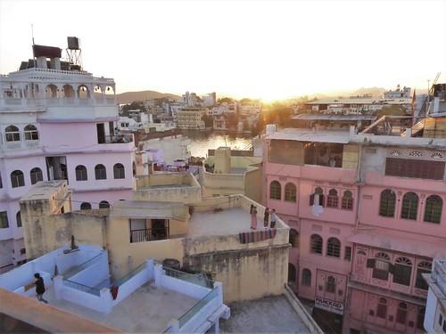 i-udaipur-arrivée-hôtel-terrasse  (13)