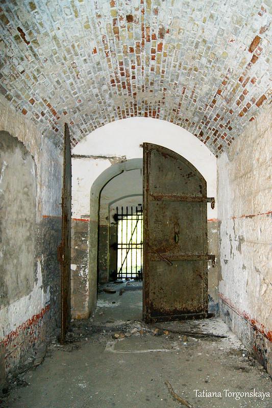 Вид на центральный вход изнутри