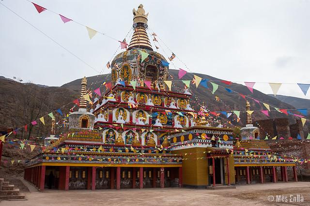 Estupa en Repkong