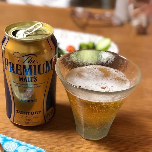 結婚記念日にちょっとフライングでビール。
