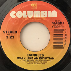 BANGLES:WALK LIKE AN EGYPTIAN(LABEL SIDE-A)