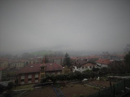 Andoain mañana gris y lluviosa