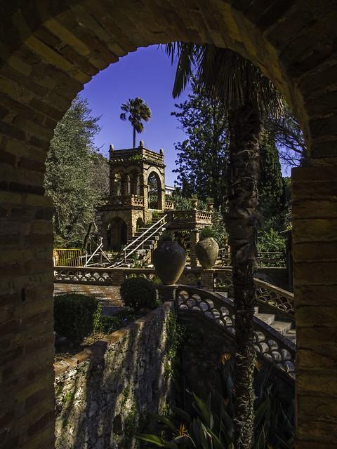 Taormina Garden 01