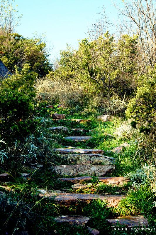 Путь к церкви