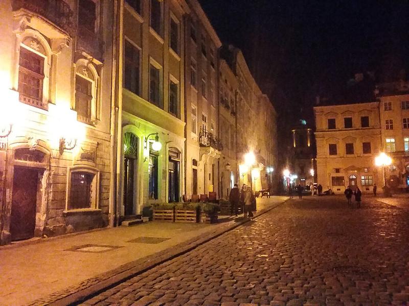 Lviv - Rynok Meydanı - Gece
