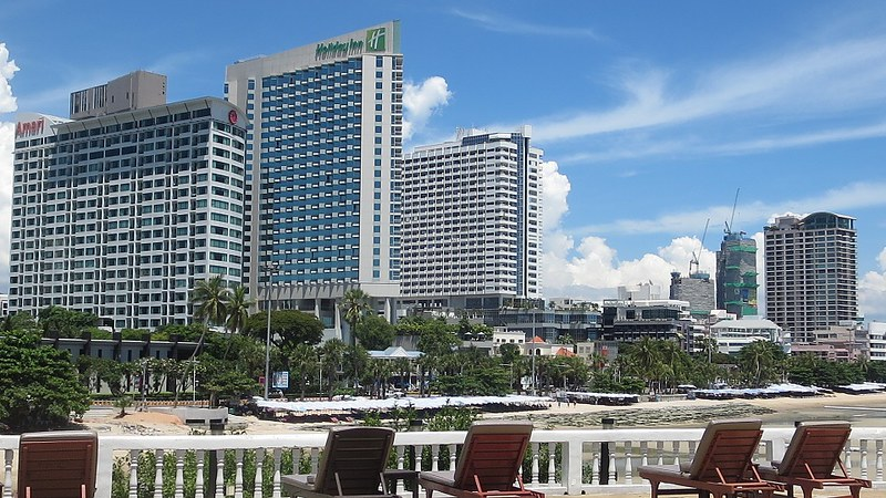 Holiday Inn Pattaya Beach Road