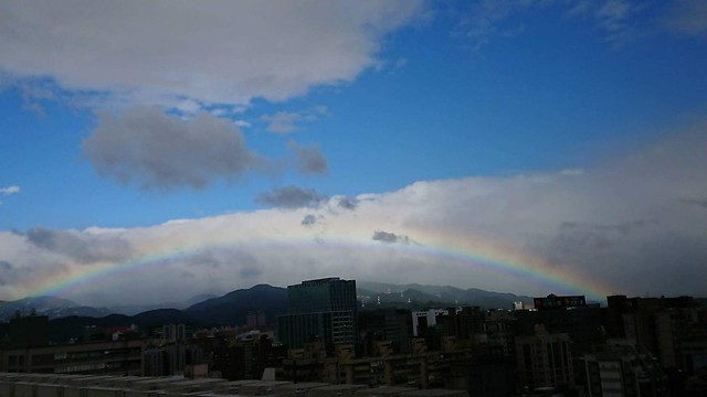 資管系系花拍給我的松江南京的彩虹XD