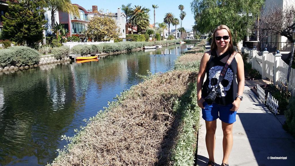 Jenni Venice Canalsien kävelytiellä, Los Angeles, USA