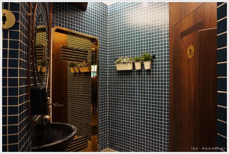 卡啡那CAFFAINA 大墩店-14-洗手間