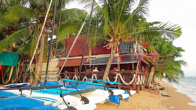 Jomtien Beach Pattaya south