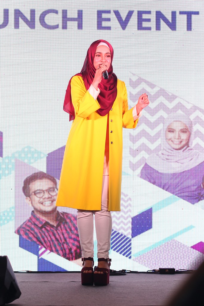Amira Othman Turut Mepersembahkan Bebrapa Lagu Popularnya