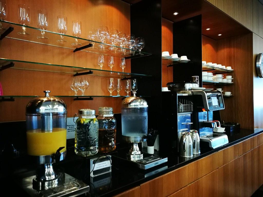 Espresso machine and juice