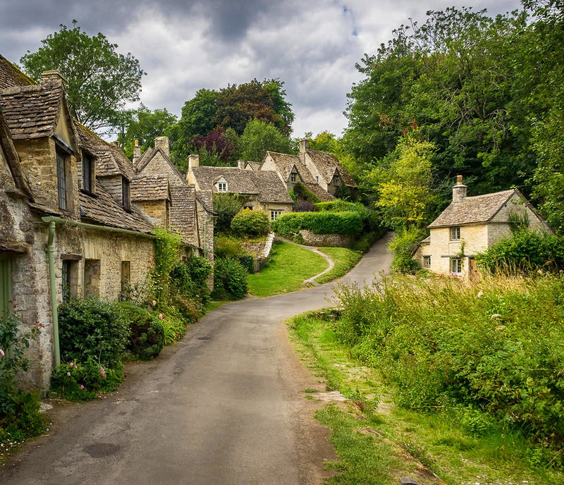 Arlington Row, Bibery, Gloucestershire. Credit Bob Radlinski