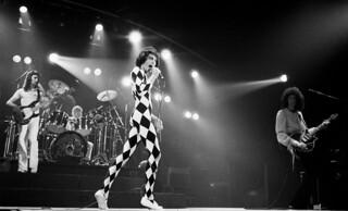 Queen live @ Houston - 1977