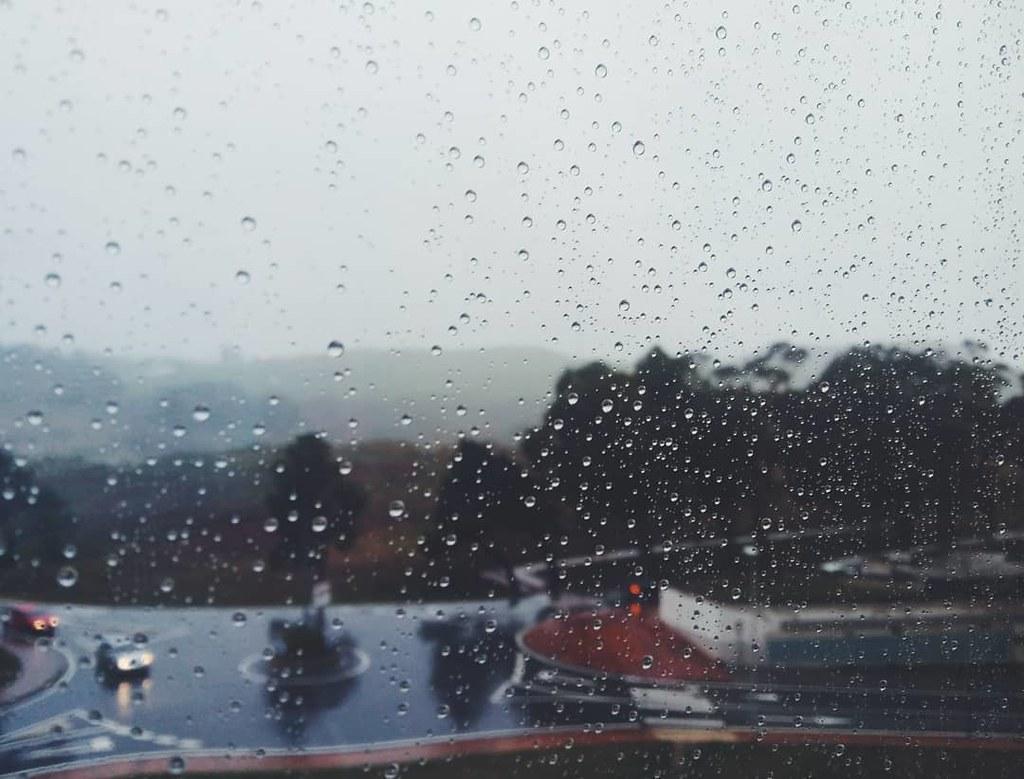 Domingo de viento y lluvia. Fotos de domingo. 50/53. #fotosdedomingo_2017 #rain #storm #borrascaana #Coruña #phonephoto #photography