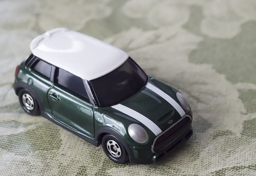 TOMICA MINI JOHN COOPER WORKS_04