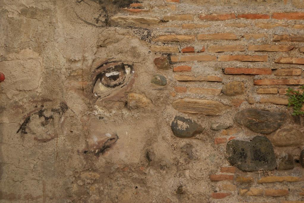 Street art dans les ruelles du Vieux Grenade.