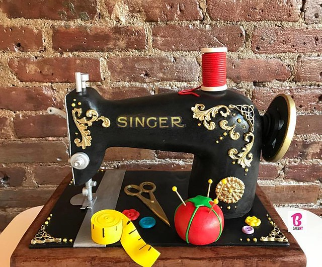 Sewing Machine Cake by BCakeNY