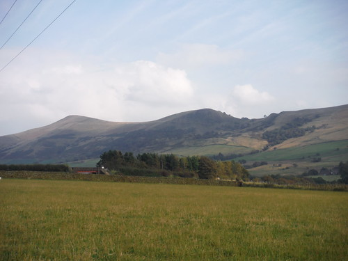 Back Tor and Lose Hill, from Edale Field