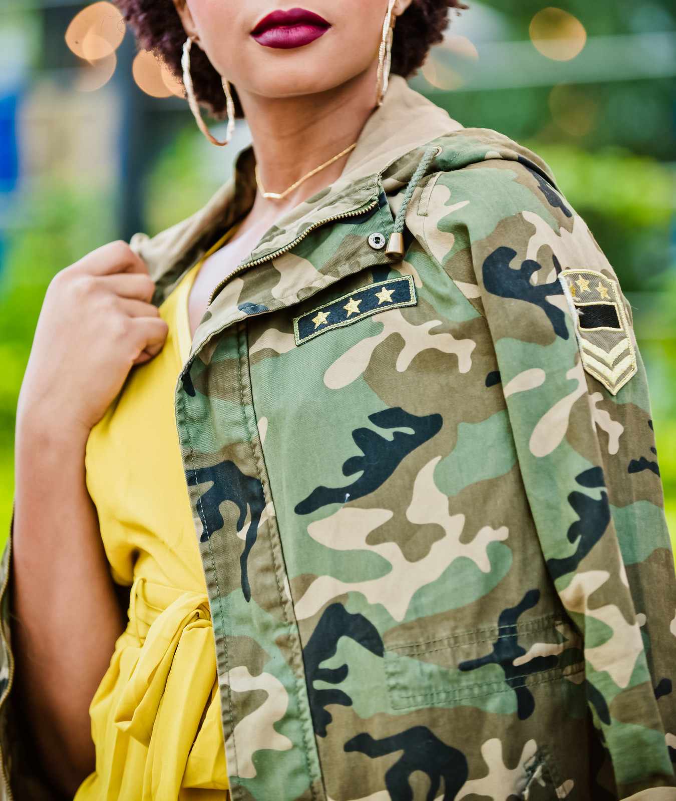 how to style a camouflage jacket