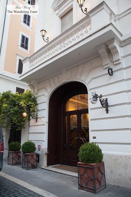 Entrance to Hotel Locarno